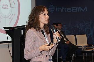 Agata Ciołkosz-Styk uczestniczy w dyskusji panelowej na Konferencji infraBIM (źródło: infrabim.info)