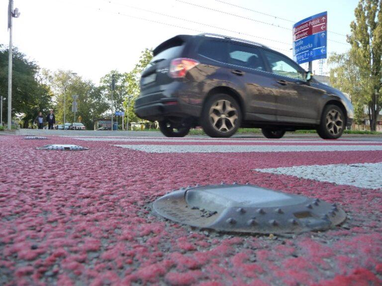 Badanie zachowań uczestników ruchu w rejonie przejść dla pieszych